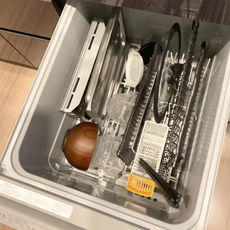 食洗器の皿の入れ方の画像
